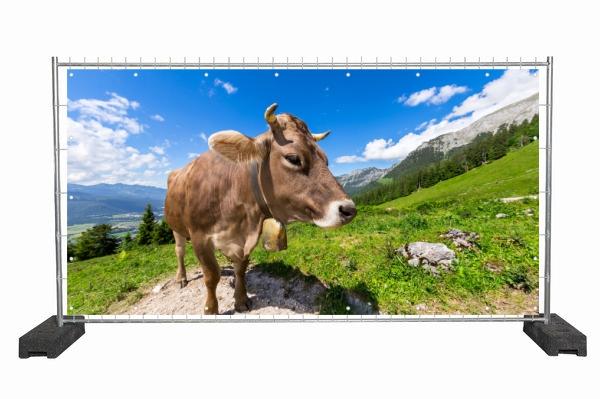Bedruckte Werbeplane mit Kuh Motiv