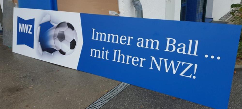 Sportplatz Werbebanden Referenz